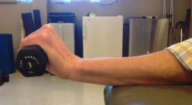 نرمش های طبی مچ دست را چگونه انجام دهیم